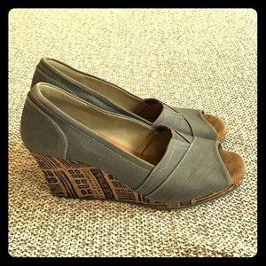 Toms women's wedge heels size 8